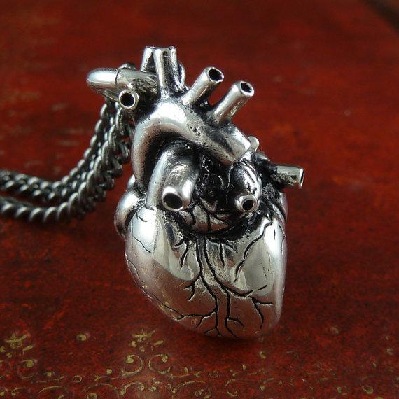 HeartNecklace